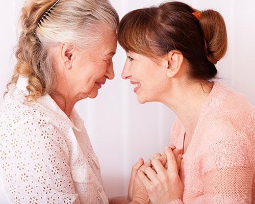 Dallas Live in Senior Caregiver