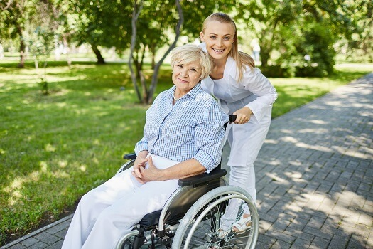 6 Ways Family Caregivers Benefit from Respite Care in Dallas, TX