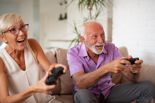 Fun Games that Stimulate Cognitive Function for Seniors with Dementia in Dallas, TX